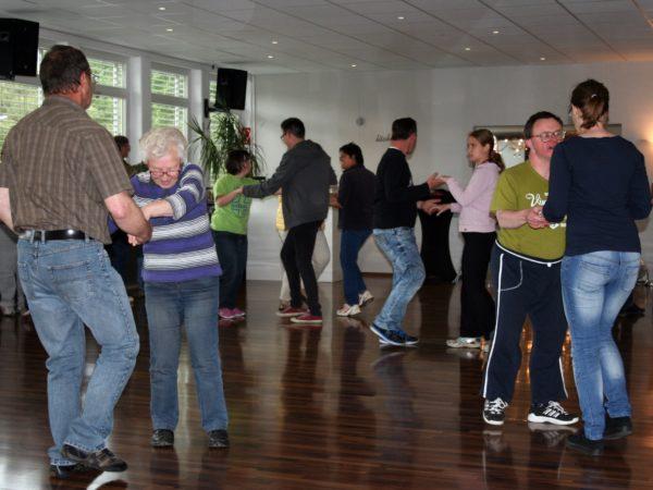 Tanzschule; Bös; Bertscheit; Dillenburg; FeD
