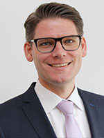 Dr. Oliver Schmitzer